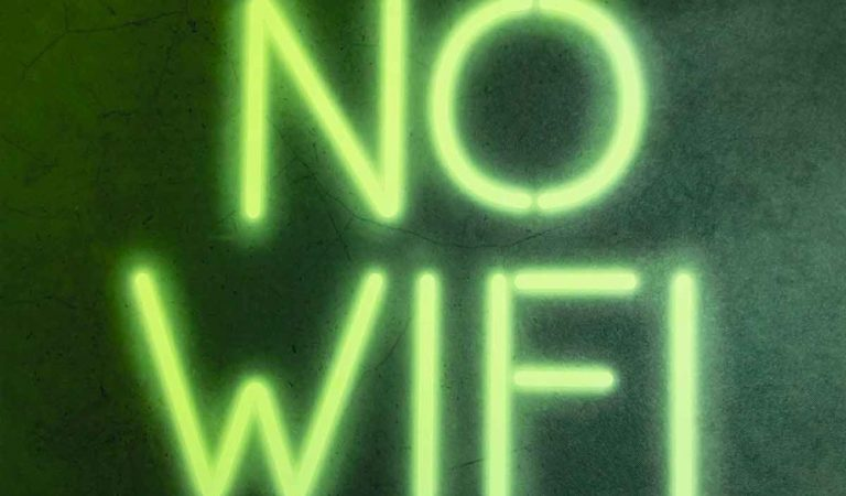 Iphone: a network name can permanently disable WiFi (but don't worry, there is a solution)