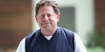 Activision Blizzard CEO Bobby Kotick To Make $ 155 Million This Year ... Despite Lawsuit Launched By EEOC Recently