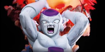 Dragon Ball Z - This is the new official Freeza resin.  Total destruction and pure quality!