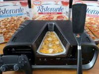 """They sell for 6,000 euros a """"PizzaStation 5"""", that is, a PS5 devkit accompanied by three pizzas"""